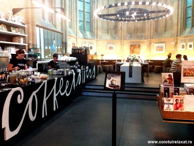 Cafenea în librărie Maastricht